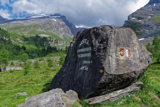 """Wir überschreiten die Grenze zum Wallis und lassen die """"Üsserschwiiz"""" hinter uns"""
