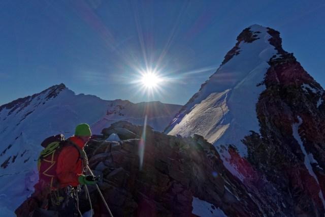 """Die erste """"Stufe"""" oder ca. 150 Höhenmeter am NW-Grat sind bald geschafft."""
