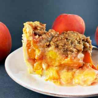 Deep Dish Peach Crumble Pie