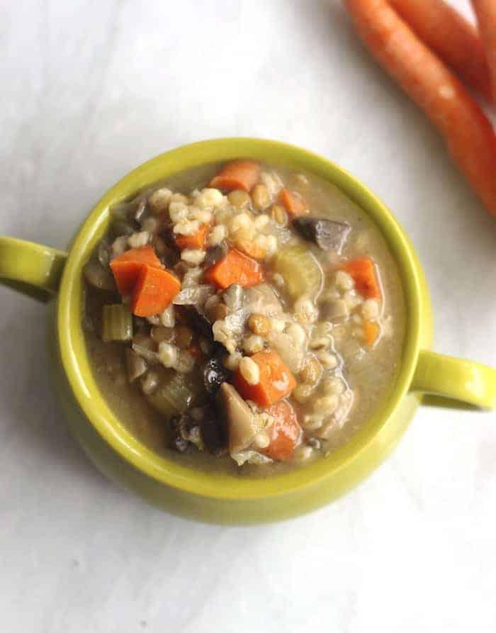 Crockpot Mushroom, Barley & Lentil Soup from Huumusapien