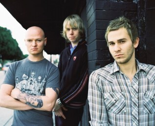 LIFEHOUSE 02