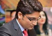 نواز شریف استعفی دیں یا مزاحمت۔۔ بلا کا ٹلنا محال۔۔