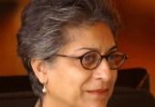 کشور ناہید عاصمہ جہانگیر پر اپنی نظم سناتی ہیں