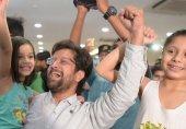 انڈیا کے لوگوں کے مقابلے میں پاکستانی زیادہ خوش کیوں؟