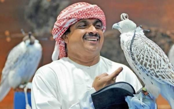 میں 26 سال پہلے ابوظہبی آیا تھا اور آتے ہی شیخ زید کے باز کی ایک تصویر نے میری زندگی بدل دی