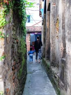 Тесните проходи в Хой Ан са остатък от времена, в които градът е бил изпълнен с търговци и шпиони, които не винаги са търгували само с подправки.