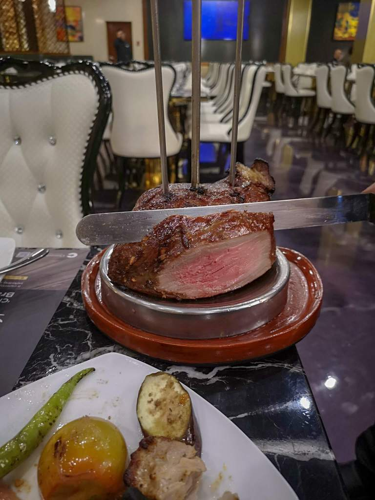 Chateaubriand Buffet Steak