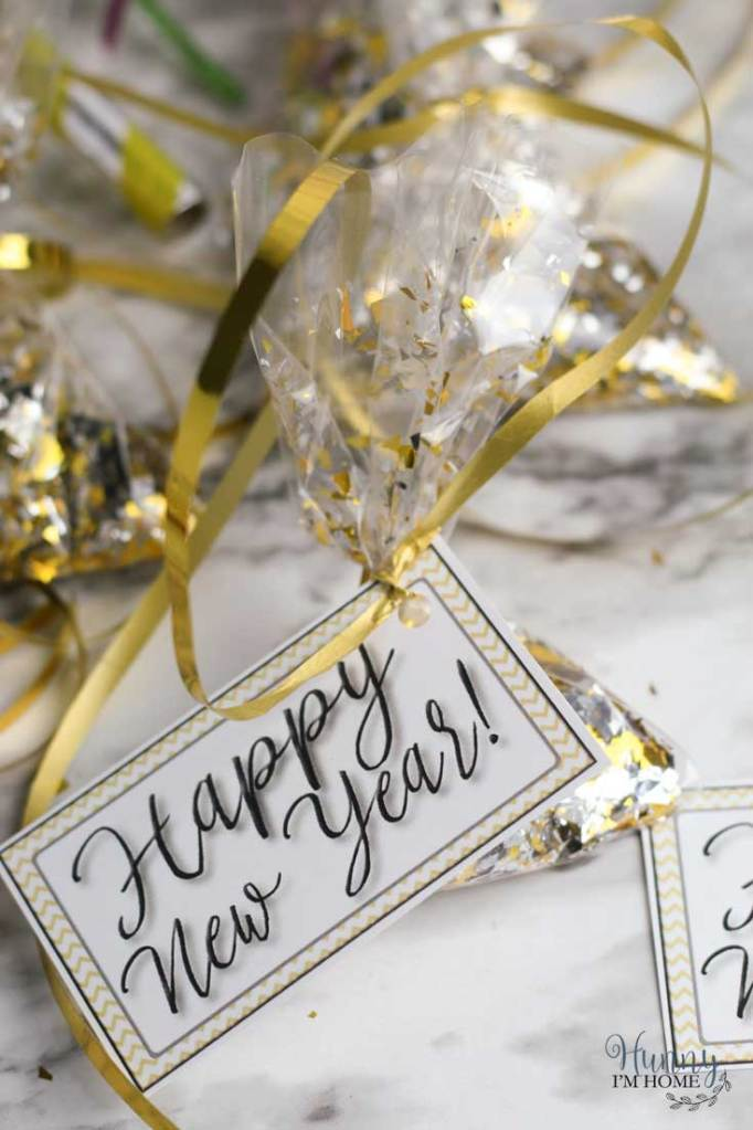 DIY Party Favors Perfect for New Year's Eve | Hunny I'm Home