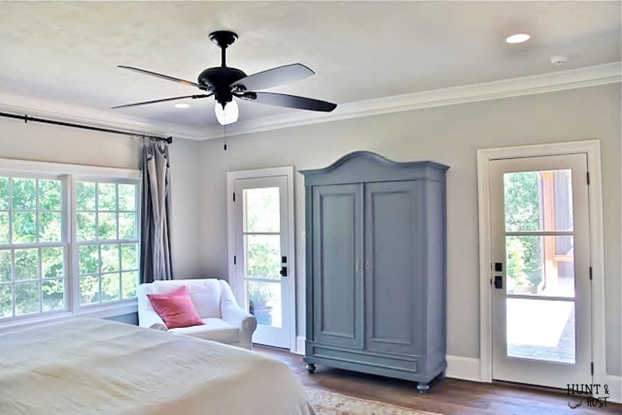 Tour this beautiful French country home with decorating influences from New Orleans and abroad. www.huntandhost.net