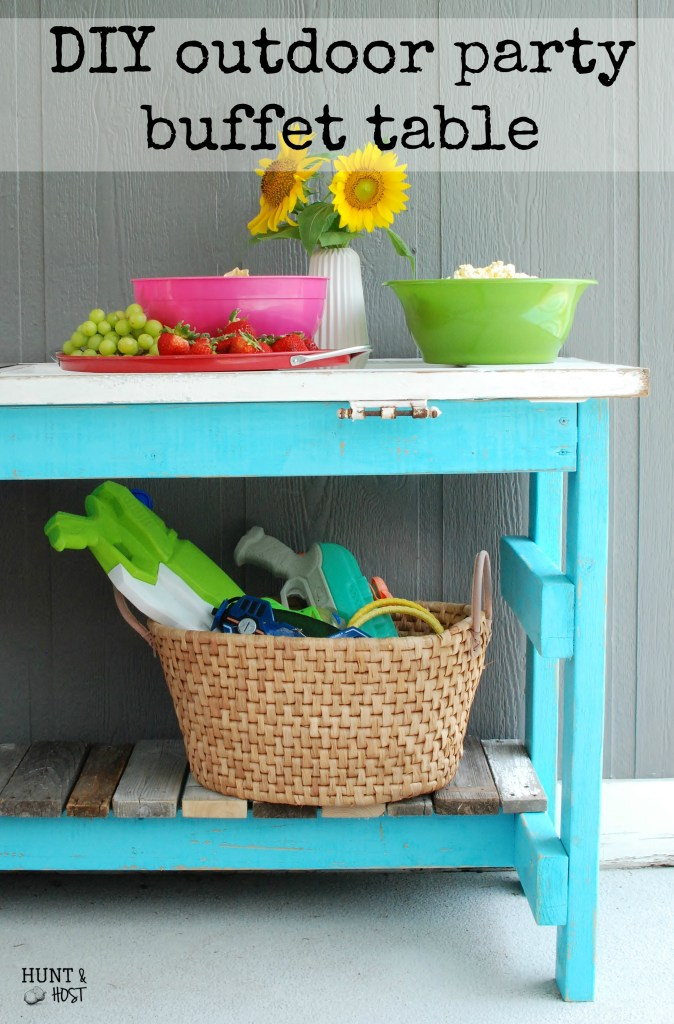 DIY outdoor party buffet in pool blue using...the kitchen sink! www.huntandhost.net