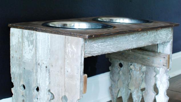 Picket Fence Dog Bowl Station