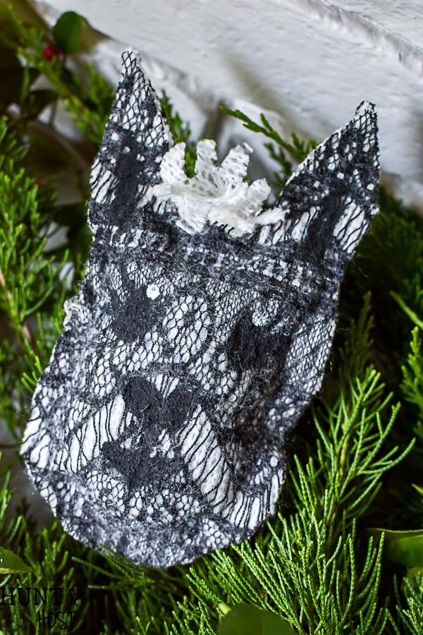 free-woodland-animal-patterns-winter-decor-4 - Hunt and Host
