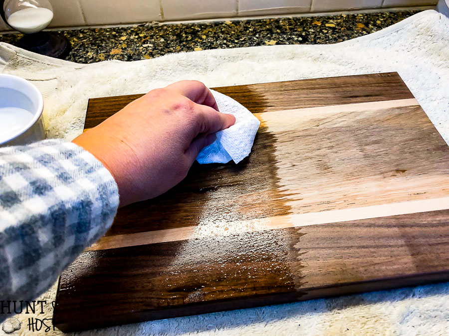 Wood Cutting Board Care Hunt And Host