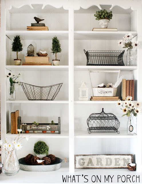 Over 25 bird nest decorating ideas for you to add some natural decor to your home. Great tips on how to make decorative bird nest yourself or how to style real bird nests you may have collected. Plus a few recipes for edible bird nests!