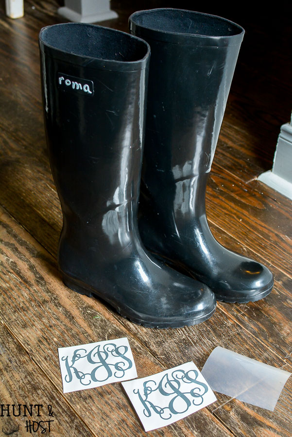 How To Monogram Rain Boots Hunt And Host