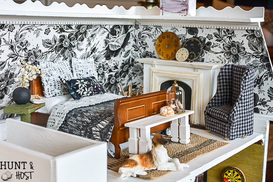 Dollhouse Master Bedroom Decor - Hunt and Host