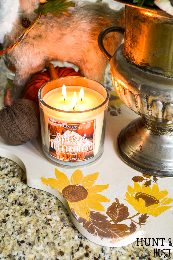 An easy DIY tray for fall decorating using paper napkins from JOANN. Create a simple fall vignette with a few pumpkins, floral stems and vintage silver to add a touch of fall cozy to your home #handmadewithjoann #ad #falldecorating #eastDIY #fallkitchen #fallcolor #autumn