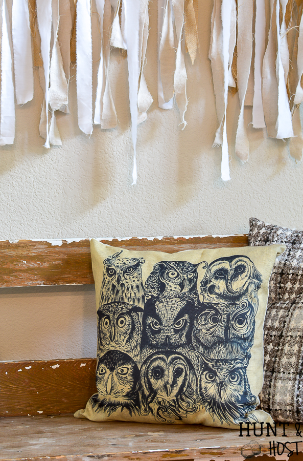 Vintage owl pillow cover, perfect for your living room or study, neutral color blends with farmhouse style decor or a wise cracking office! #pillow #owls #vintagedecor #pillowhoarder #affordablepillow