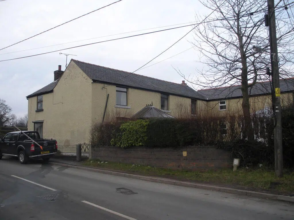 External Insulation being fitted RTPI Planning Consultants in North Wales