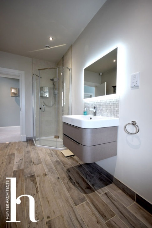 En-suite to Master Bedroom by Chartered Architectural Services