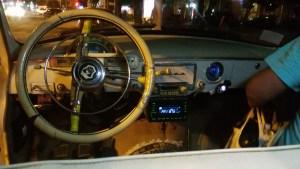 Yerevan, Armenia, Wolga, Taxi,