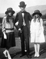 W.A.Clark and his daughters Andrée, left, and Huguette