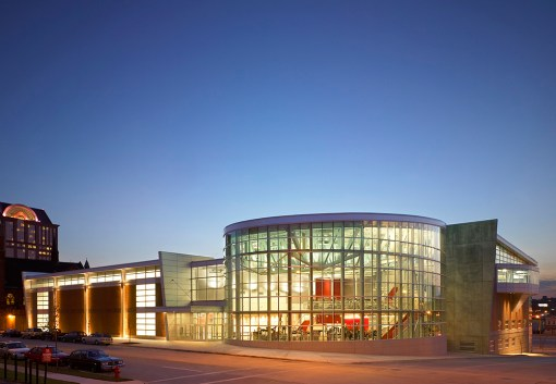 THE KERN CENTER AT MILWAUKEE SCHOOL OF ENGINEERING