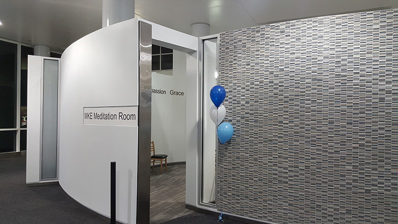 Entrance with Balloons_800x450
