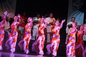 Hei Tahiti 2 ©FC (5) (Copier)