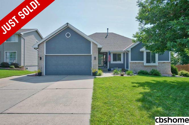 Husker Home Finder Team Just SOLD