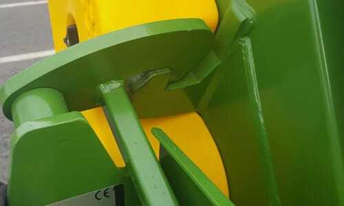 round bale feeder heavy-duty-latches