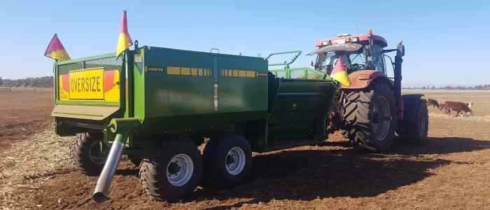 Grain Bin - Hustler feeding out Australia