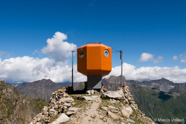 Dolent Hut, Swiss Alpine Club, hut2hut