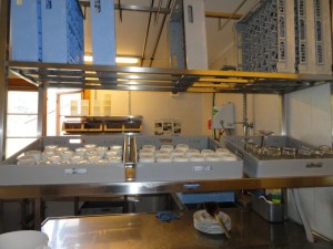 Dishwashing station, Den Norske Turistforening (DNT) at Rondvassbu Hut, hut2hut operational profile