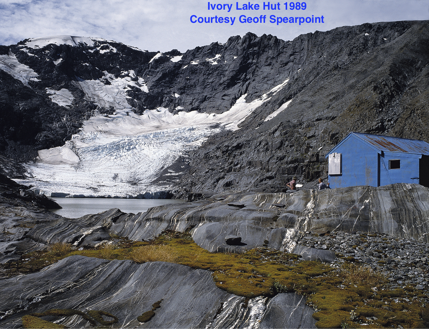 Ivory Lake Hut, a science hut constructed to support a team of glaciologists and hydrologists studying this retreating glacier.