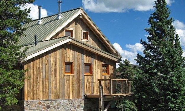 OPUS Hut in summer, OPUS Huts, hut2hut