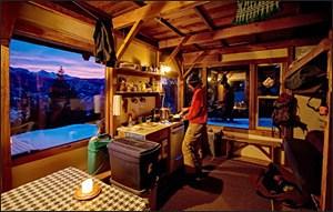 Hut interior, Rendezvous Huts, Operational Profile hut2hut