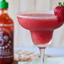 Strawberry-Sriracha-Margarita_5