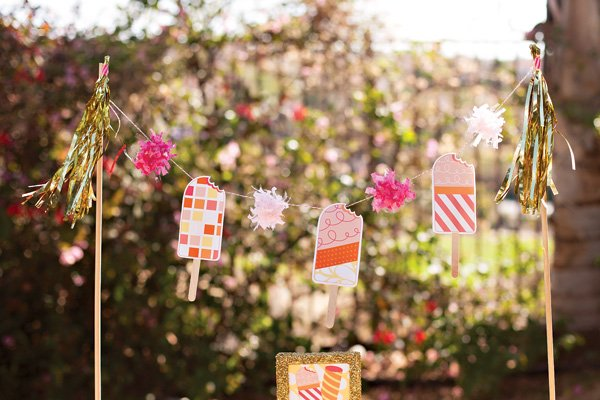popsicle party garland