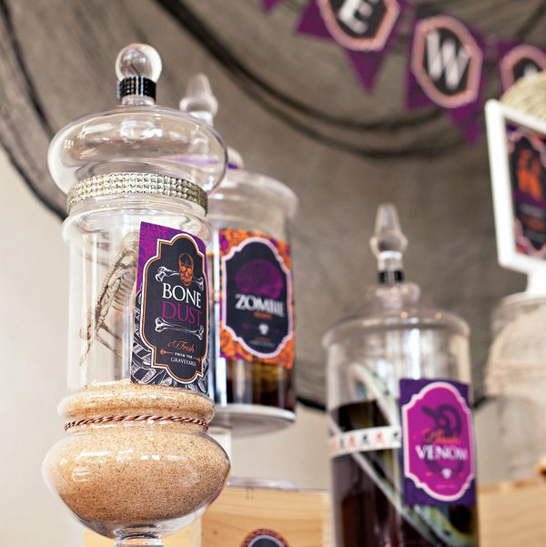 halloween potion jars decorations