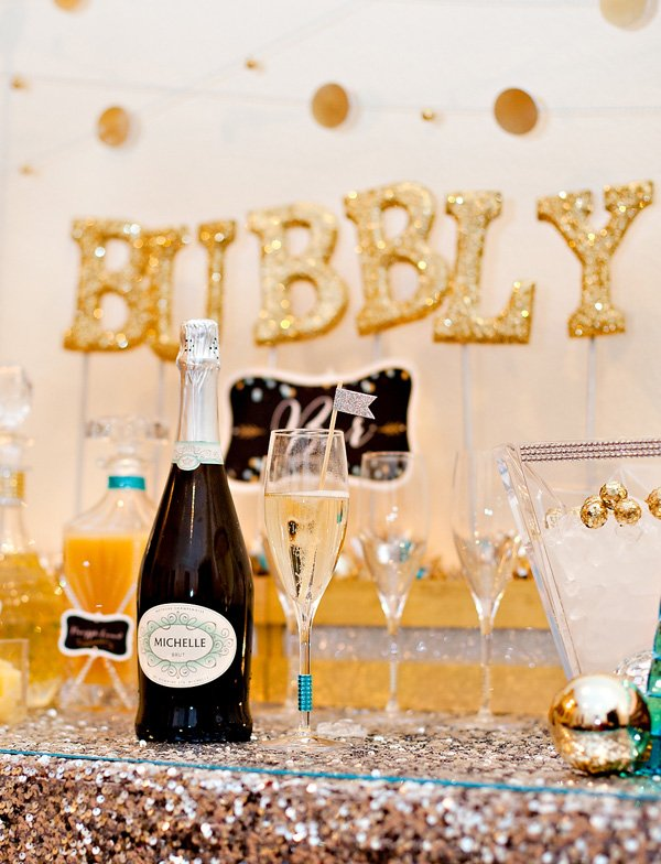 Michelle Champagne Glitter Bubble Bar for New Years Eve