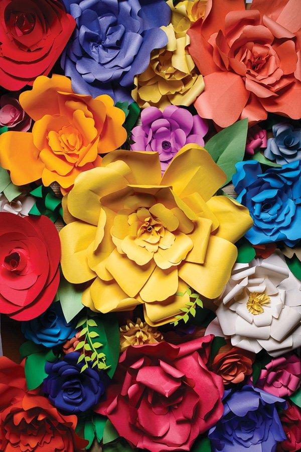 DIY Large Paper Flowers Tutorial
