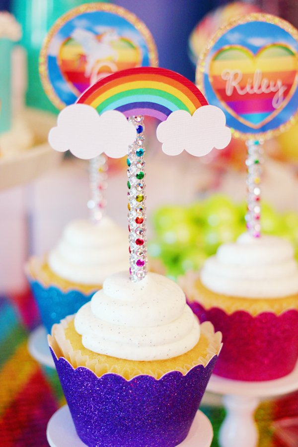 rainbow-cupcake-toppers