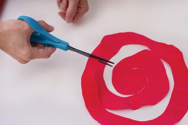 crepe paper roses tutorial 2