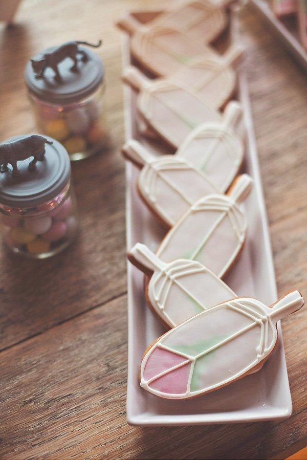 feather cookies - royal icing sugar cookies