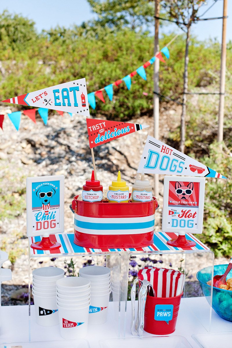 1_tailgate-party-hot-dog-buffet