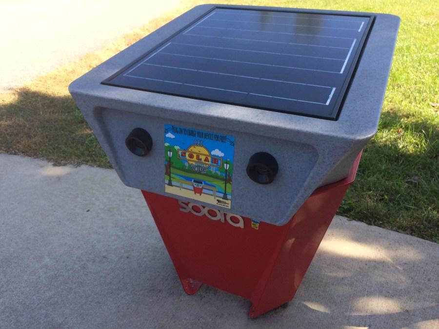 Soofa solar powered bench Lake Artemisia