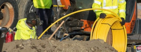 Installing HDPE plastic gas pipelines for domestic supply