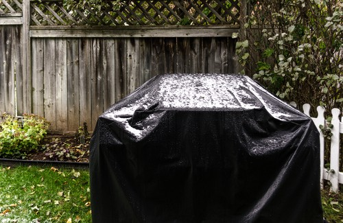 Comparing BBQ covers for quality and weather resistance