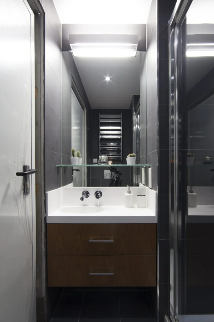 Bathroom Sink in Exeter College